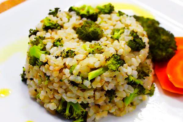 Arroz-Integral-com-Brócolis